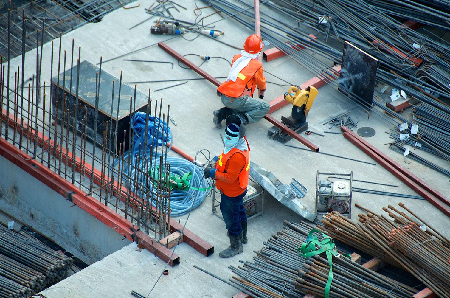 Corrupción en construcciones de vivienda dificulta pagar su costo final